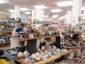 益子焼窯元共販センター02