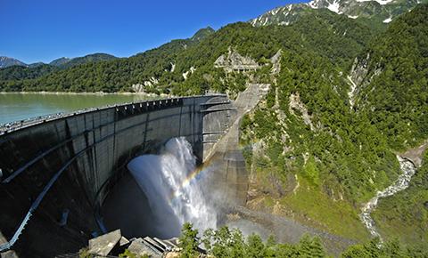 【職場・社員旅行モデルコース】アルペンルートと黒部ダムを巡る旅