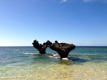 【職場旅行】沖縄・本島 伝説の地ティーヌ浜と世界遺産を巡る 1泊2日間