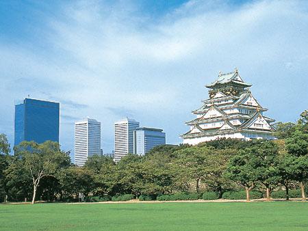 【滋賀2日間】【職場旅行モデルコース】大阪城公園で行うチームビルディング宝探しゲームとおごと温泉