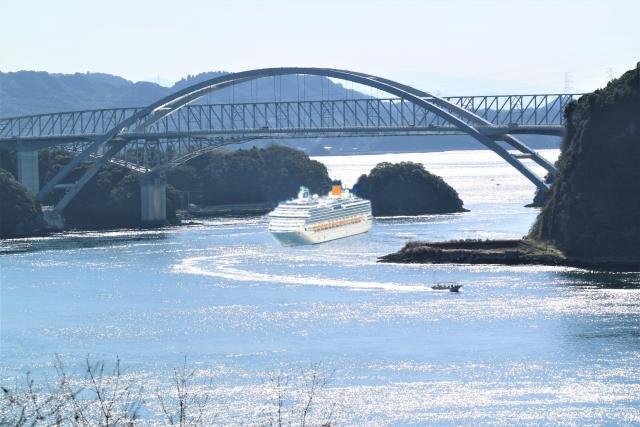 復興支援&世界遺産を巡る熊本・天草・雲仙 2日間《イルカウォッチングクルーズ付》