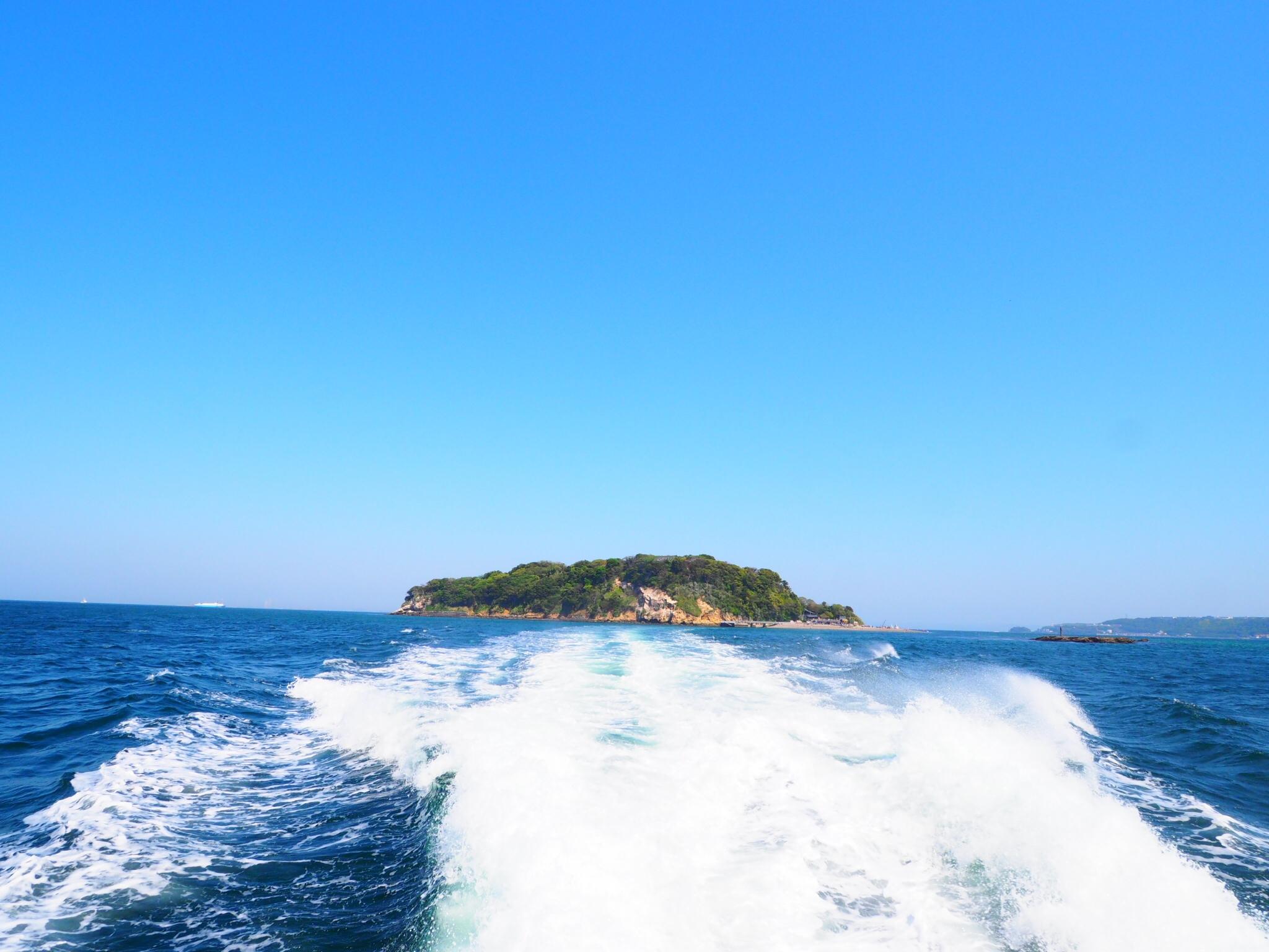 【横須賀日帰り】無人島「猿島」探検ツアー・ちょっとおしゃれなランチで贅沢コース